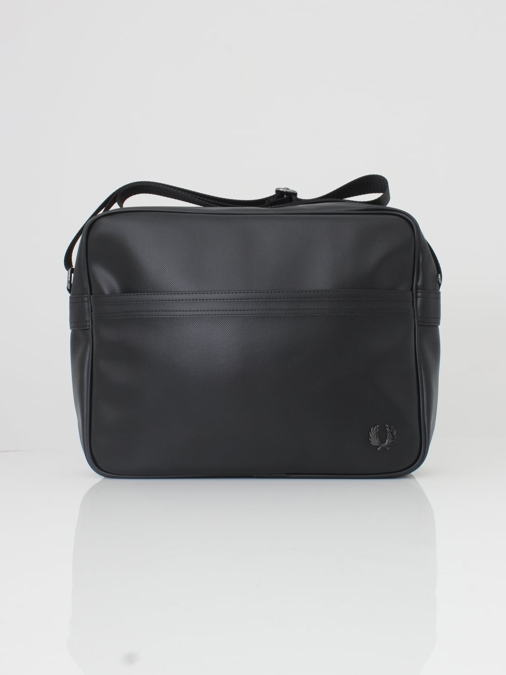 fred perry black bag